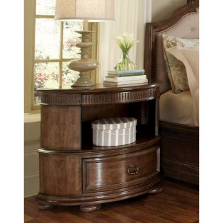 204142 Cotswold  Bachelors Chest