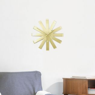 118070-104 Ribbon Wall Clock