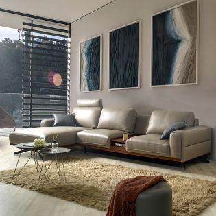 KF077  Leather Sofa w/ Chaise